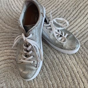 Toms Leather Lace UP Silver Sneakers Size 6.5
